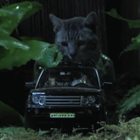 Hilarious Jurassic Park car chase spoof