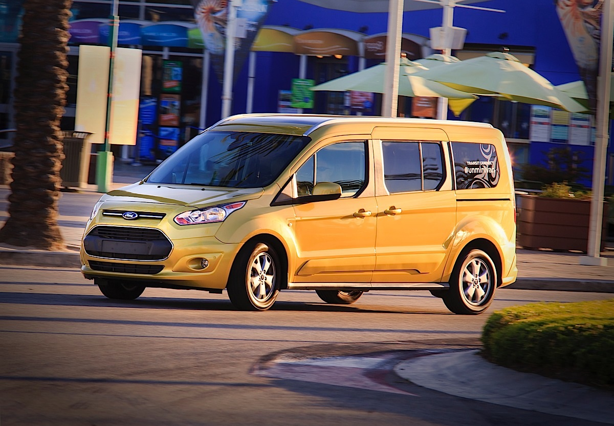 A different kind of seven-seat people mover, the all-new 2014 Ford Transit Connect Wagon combines style, efficiency and adaptability in an affordable package.