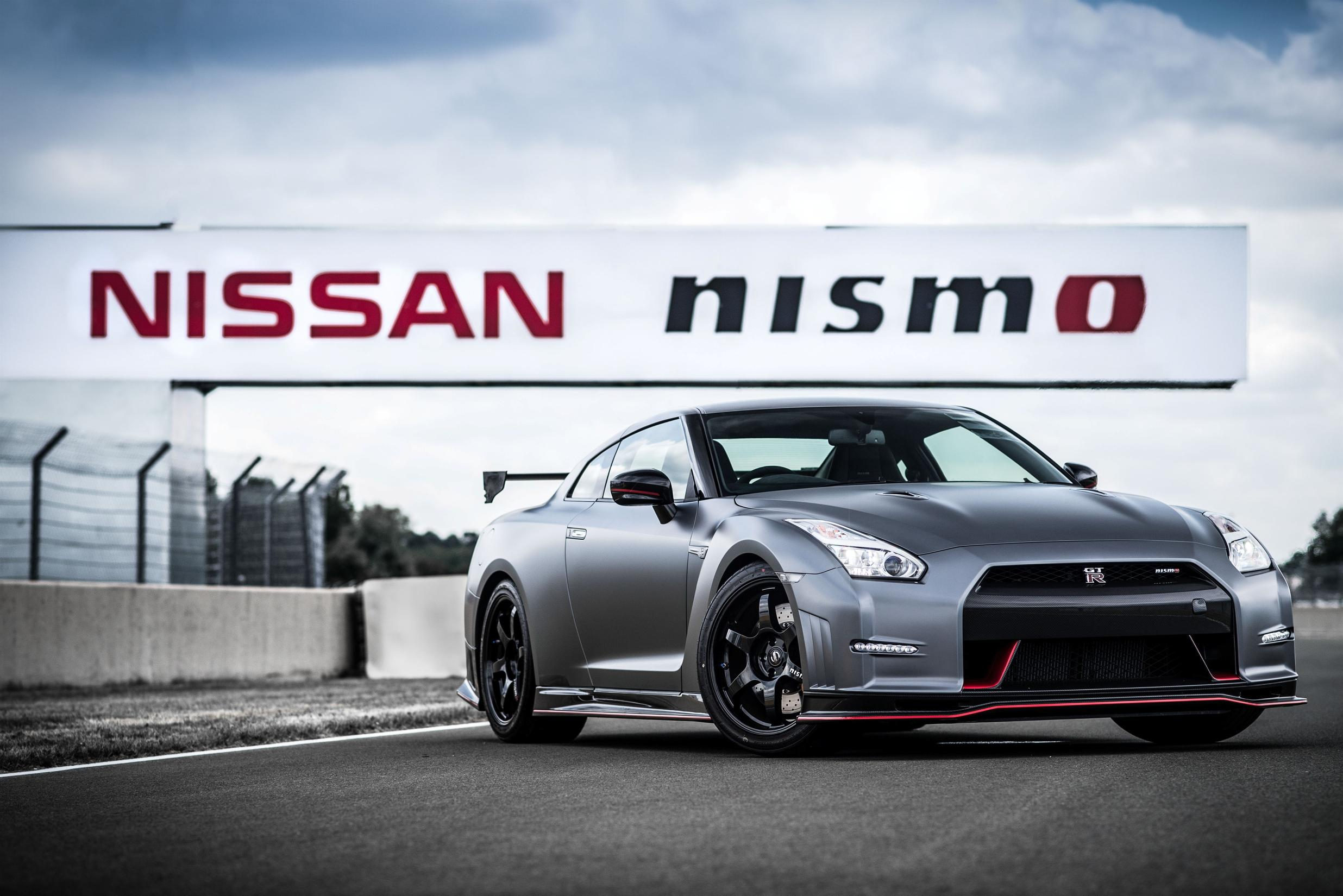 nissan gt r nismo available in gran turismo 6. Black Bedroom Furniture Sets. Home Design Ideas