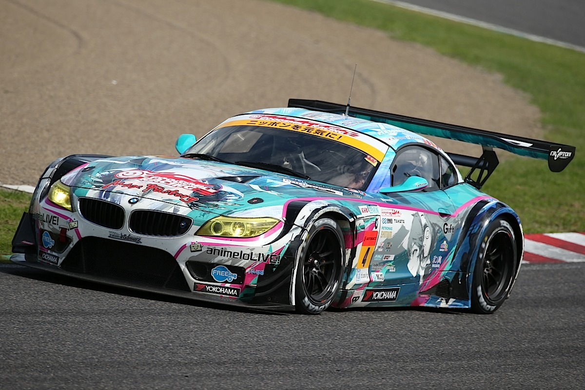 SUZUKA, JAPAN - AUGUST 31:  Nobuteru Taniguchi of Japan drives the #4 GOOD SMILE HATSUNE MIKU Z4 during the 2014 AUTOBACS GT Round 6 43rd International 1000km - Final Race at Suzuka Circuit on August 31, 2014 in Suzuka, Japan.  (Photo by Atsushi Tomura/Getty Images for MOBILITYLAND)