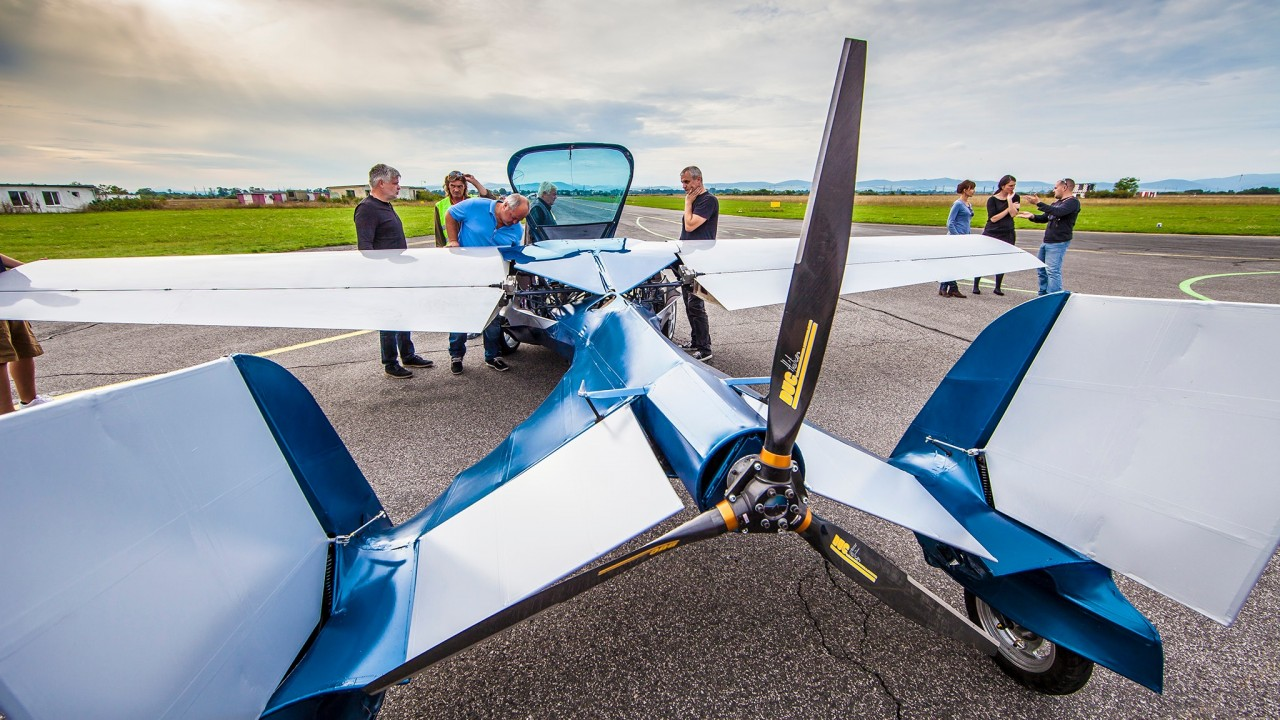 Aeromobil Collapsible Flying Car Pics