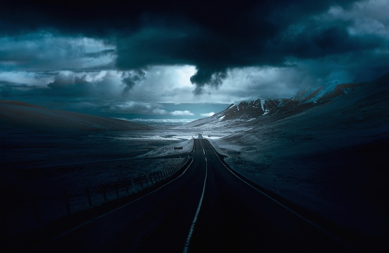 14 Roads That Look Like You're Driving Off The Ends Of The Earth