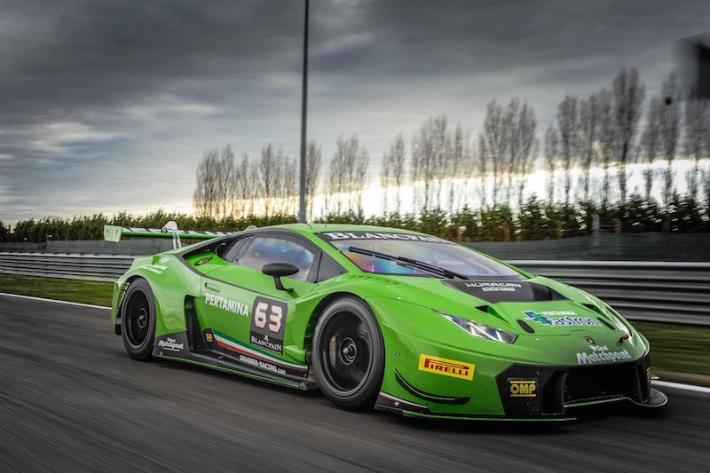 lamborghini huracan gt3 in 24 at daytona debut. Black Bedroom Furniture Sets. Home Design Ideas