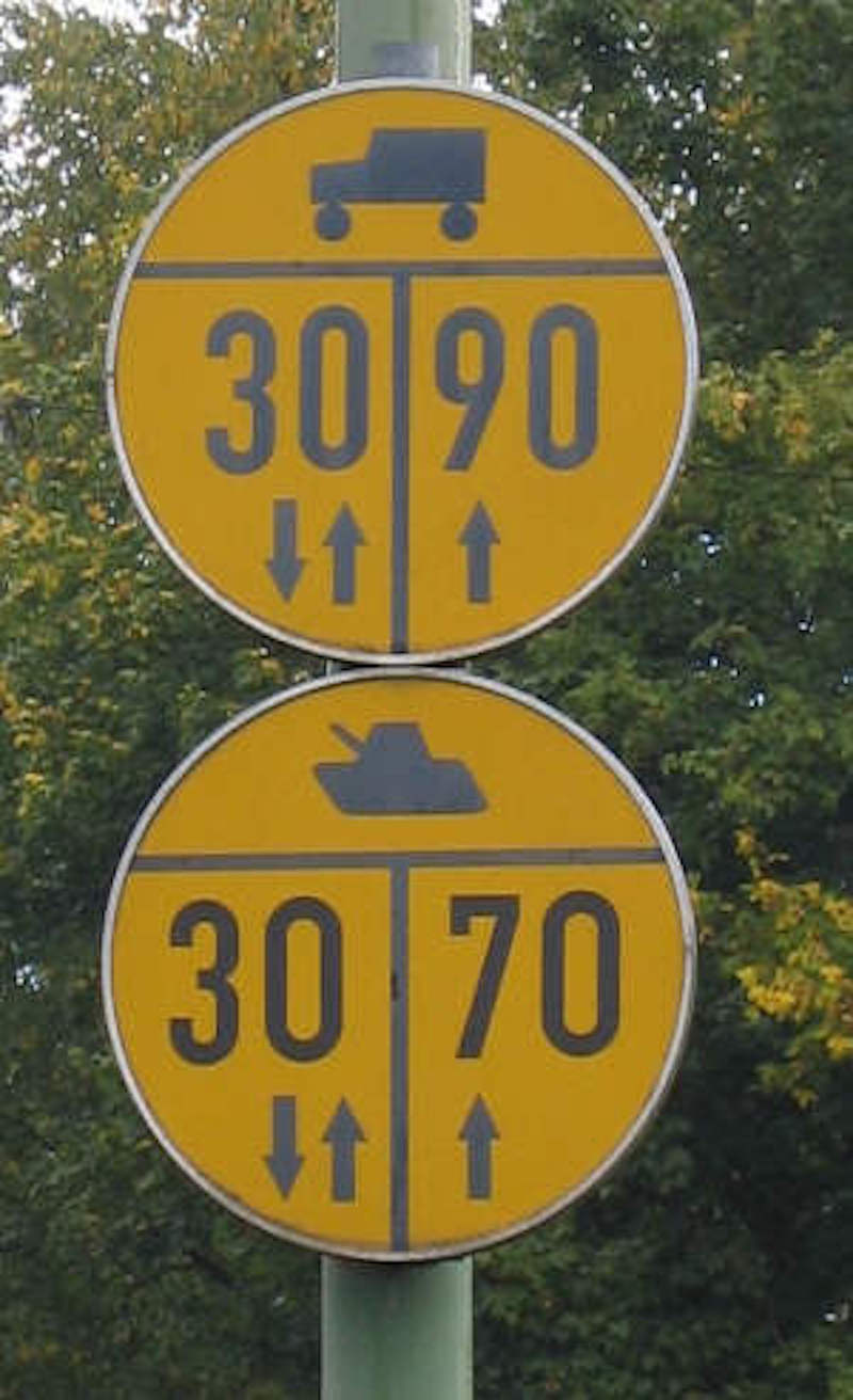 funny-road-sign-18