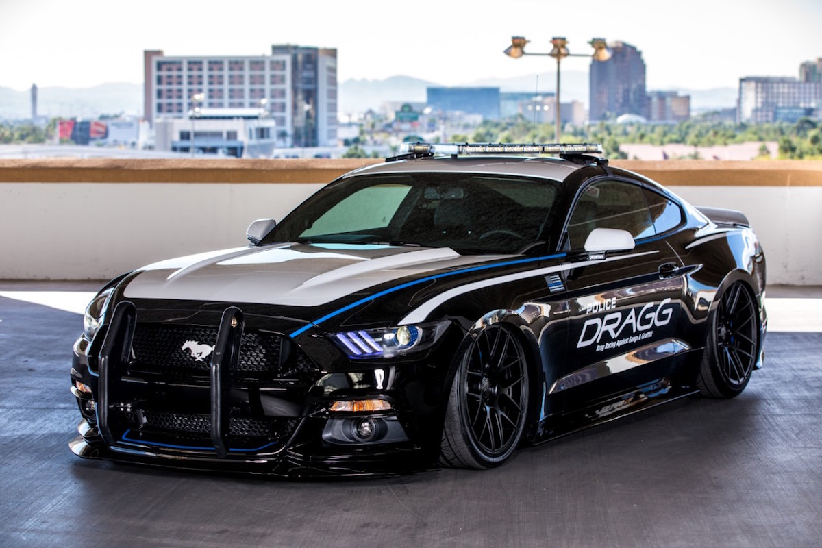 ford mustang named hottest car at 2015 sema show pics. Black Bedroom Furniture Sets. Home Design Ideas
