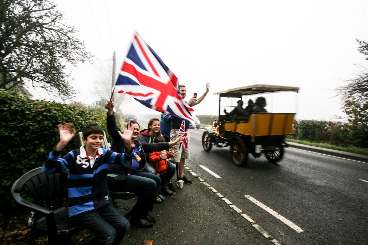 The Iconic 2015 London To Brighton Veteran Car Run In Pictures