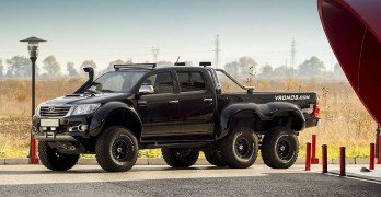 This 6×6 Toyota Hilux Looks Like It Would Be At Home On Mars