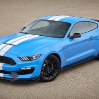 New pictures of the 2017 Ford Shelby GT350 Mustang