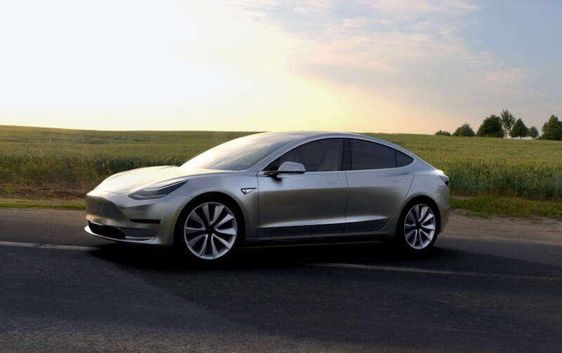 Tesla gets $10bn in Model 3 pre-orders in just two days